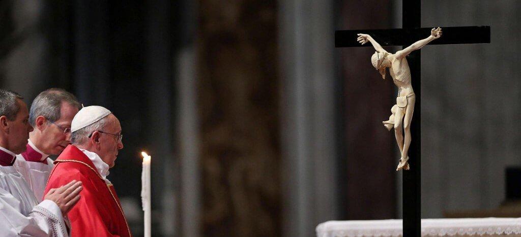 El Papa Francisco sobre la Semana Santa: «Miremos a la cruz y digamos 'gracias'»