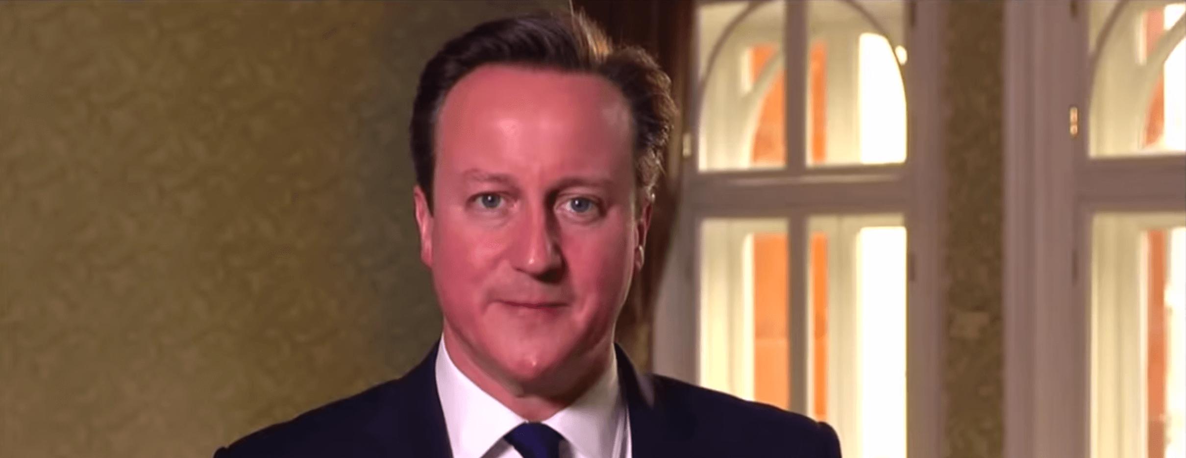 El primer ministro del Reino Unido denuncia la cristianofobia